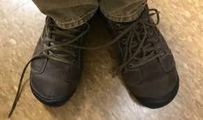 Loose Shoe Lace